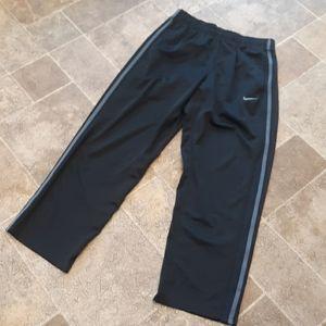 Nike men's size L athletic pants